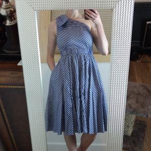 Vintage Style One-Shoulder Dress